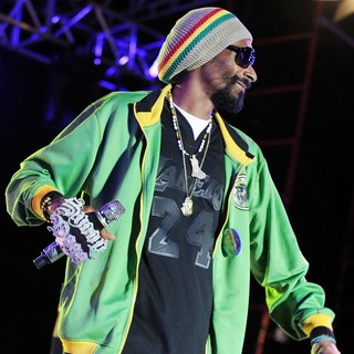 Snoop Dogg - Snoop Dogg Performing at Sunfest