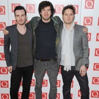 Snow Patrol in The Q Awards 2011 - Arrivals - snow-patrol-q-awards-2011-01