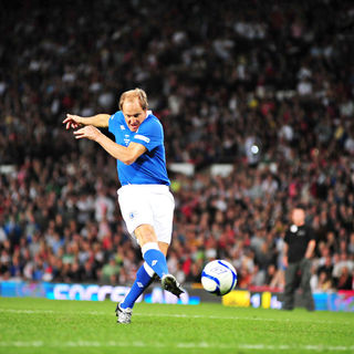 Woody Harrelson in 2010 Unicef Soccer Aid Charity Football Match