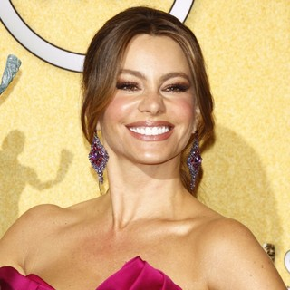 Sofia Vergara in The 18th Annual Screen Actors Guild Awards - Press Room - sofia-vergara-18th-annual-screen-actors-guild-awards-press-room-02