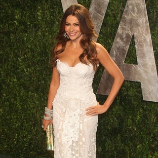 Sofia Vergara in 2012 Vanity Fair Oscar Party - Arrivals