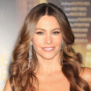 Sofia Vergara in Los Angeles Premiere of New Year's Eve - sofia-vergara-premiere-new-year-s-eve-02