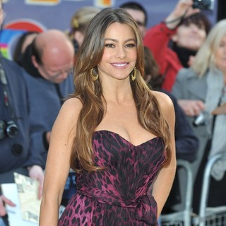 Sofia Vergara in Happy Feet Two European Premiere - Arrivals - sofia-vergara-uk-premiere-happy-feet-two-04