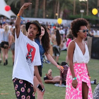 Solange Knowles in The 2013 Coachella Valley Music and Arts Festival - Week 1 Day 2