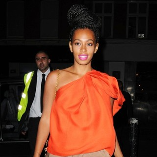 Solange Knowles in Solange Knowles Arrives at Merah Club Ahead of Her DJ Set