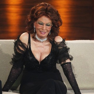 Sophia Loren in Sophia Loren Appearing on German ZDF TV Show Wetten, Dass...