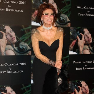 Sophia Loren in Launch of Pirelli Calender 2010 Gala Dinner