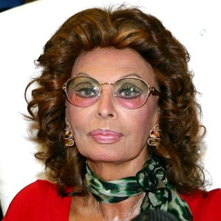 Sophia Loren in Sophia Loren Attends A Press Conference