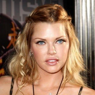 Sophie Monk - Los Angeles Premiere of Real Steel