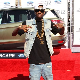 Soulja Boy in The BET Awards 2012 - Arrivals - soulja-boy-bet-awards-2012-02