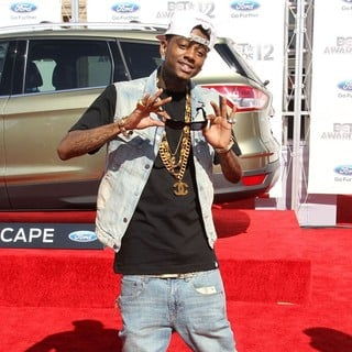 Soulja Boy in The BET Awards 2012 - Arrivals - soulja-boy-bet-awards-2012-03