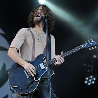 Chris Cornell in The 2012 Big Day Out Festival - soundgarden-2012-big-day-out-festival-04