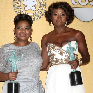 Octavia Spencer, Viola Davis in The 18th Annual Screen Actors Guild Awards - Press Room