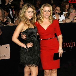 Taylor Spreitler, Melissa Joan Hart in The Twilight Saga's Breaking Dawn Part I World Premiere
