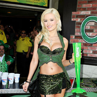 Holly Madison in Star of Peepshow celebrates St. Patrick's Day