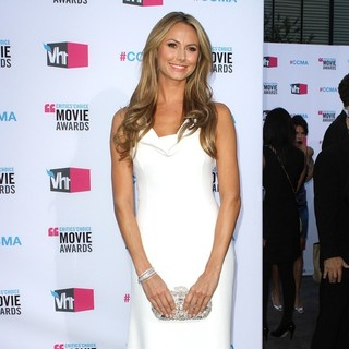 Stacy Keibler in 17th Annual Critic's Choice Movie Awards - Arrivals