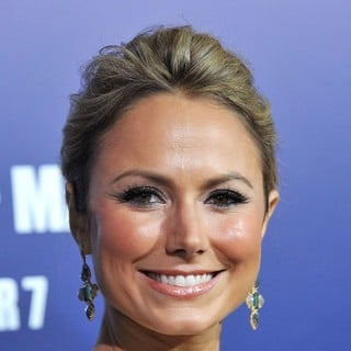 Stacy Keibler in The Premiere of The Ides of March - Arrivals