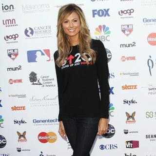 Stacy Keibler - Stand Up To Cancer 2012 - Arrivals