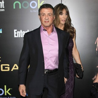 Sylvester Stallone, Jennifer Flavin in Los Angeles Premiere of The Hunger Games - Arrivals