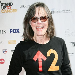 Sally Field in 2010 Stand Up To Cancer - Arrivals