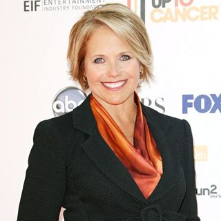 Katie Couric in 2010 Stand Up To Cancer - Arrivals - standup2cancer_023_wenn5539924