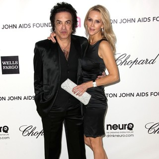 Paul Stanley, Erin Sutton in The 20th Annual Elton John AIDS Foundation's Oscar Viewing Party - Arrivals