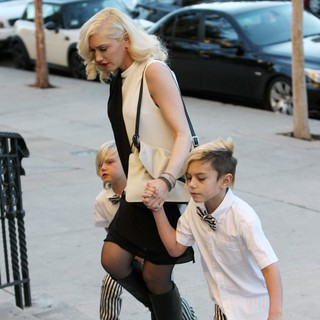 Zuma Rossdale, Gwen Stefani, Kingston Rossdale in Gwen Stefani Takes Her Sons to A Christmas Eve Church Service