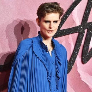 Stella Tennant in The Fashion Awards 2016 - Arrivals