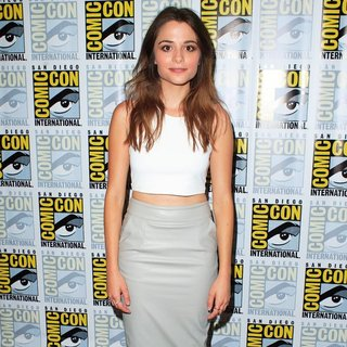 Stephanie Leonidas in San Diego Comic-Con International 2014 - Defiance - Press Room