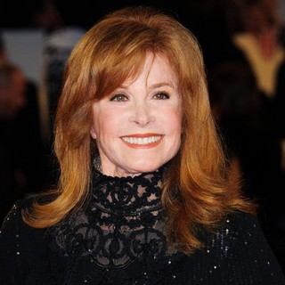 Stephanie Powers in World Premiere of Skyfall - Arrivals