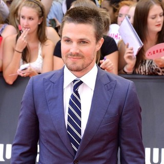 Stephen Amell in 2013 MuchMusic Video Awards - Arrivals