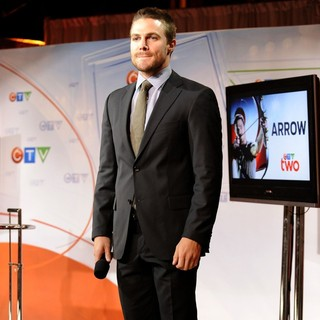 Stephen Amell in CTV Upfront 2012 Press Conference