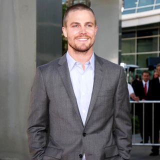 Stephen Amell in The Premiere of True Blood Season 4