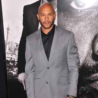 The Safe House Premiere - Arrivals - stephen-bishop-premiere-safe-house-02