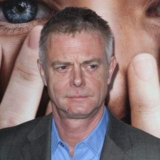 The New York Premiere of Extremely Loud and Incredibly Close - Arrivals - stephen-daldry-premiere-extremely-loud-and-incredibly-close-01