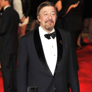 Stephen Fry in World Premiere of Skyfall - Arrivals