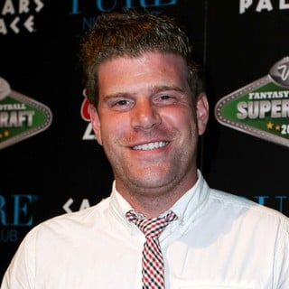 Stephen Rannazzisi in Fantasy Football Superdraft 2009 VIP Party Hosted by Molly Sims - stephen-rannazzisi-superdraft-2009-01