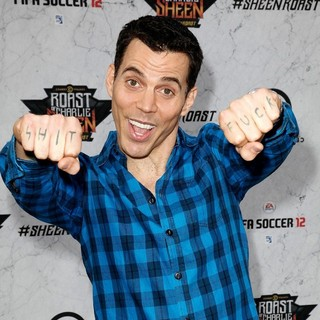 Steve-O in Comedy Central Roast of Charlie Sheen - Arrivals