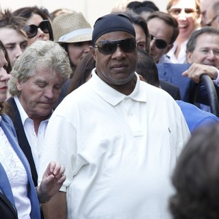 Stevie Wonder in David Foster Honored with Star on The Hollywood Walk of Fame - stevie-wonder-david-foster-walk-of-fame-03
