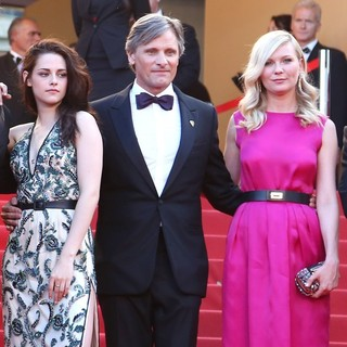 Kristen Stewart, Viggo Mortensen, Kirsten Dunst in On the Road Premiere - During The 65th Cannes Film Festival