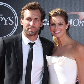 Erin Andrews in 2014 ESPYS Awards - Arrivals - stoll-andrews-2014-espys-awards-01