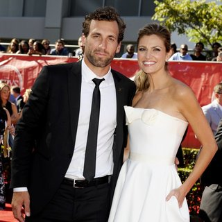 Jarret Stoll, Erin Andrews in 2014 ESPYS Awards - Arrivals