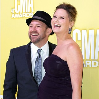 Sugarland in 46th Annual CMA Awards
