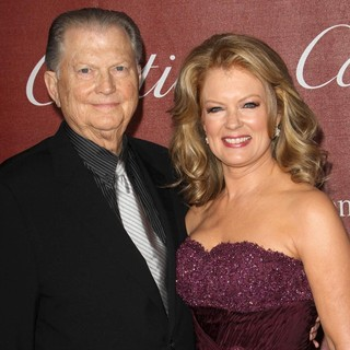 Burt Sugarman, Mary Hart in The 23rd Annual Palm Springs International Film Festival Awards Gala - Arrivals
