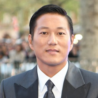 Sung Kang in World Premiere of Fast and Furious 6 - Arrivals