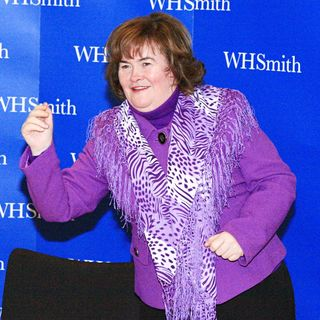 Susan Boyle in Susan Boyle Promoting and Signing Copies of Her New Book 'The Woman I Was Born To Be'