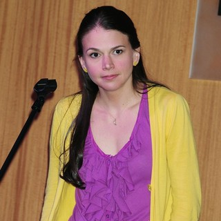 Sutton Foster Promotes Her CD An Evening with Sutton Foster Live at The Cafe Carlyle