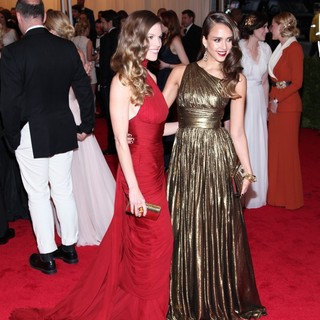 Hilary Swank, Jessica Alba in Schiaparelli and Prada Impossible Conversations Costume Institute Gala