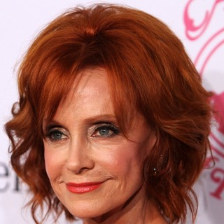 Swoosie Kurtz in 26th Anniversary Carousel of Hope Ball - Presented by Mercedes-Benz - Arrivals - swoosie-kurtz-26th-anniversary-carousel-of-hope-ball-01