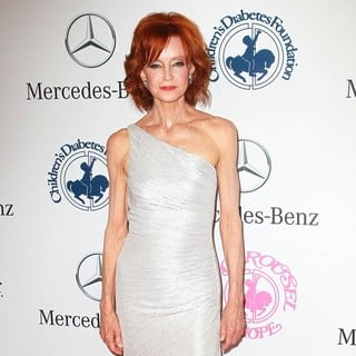 Swoosie Kurtz in 26th Anniversary Carousel of Hope Ball - Presented by Mercedes-Benz - Arrivals - swoosie-kurtz-26th-anniversary-carousel-of-hope-ball-04